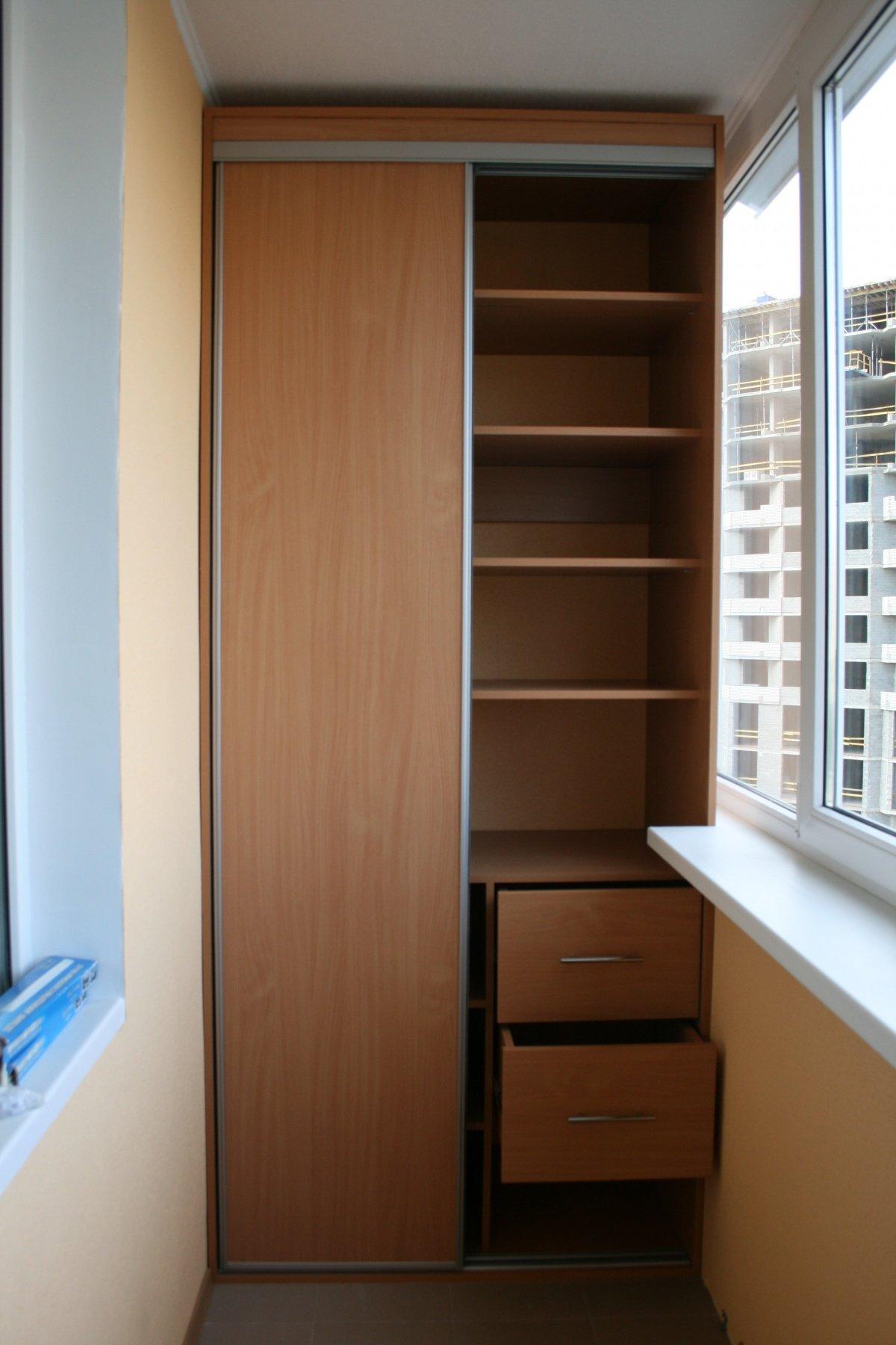 Как делать встроенный шкаф на балкон совет мастера.